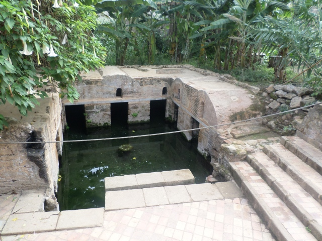 Fertility pool! The eels were supposedly hidden in the square alcoves